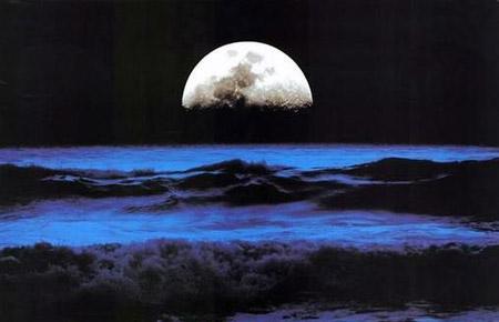 به پهنای ماه در ساحل خزر